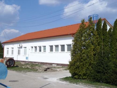 Prevádzková budova a laboratória, Nové Zámky