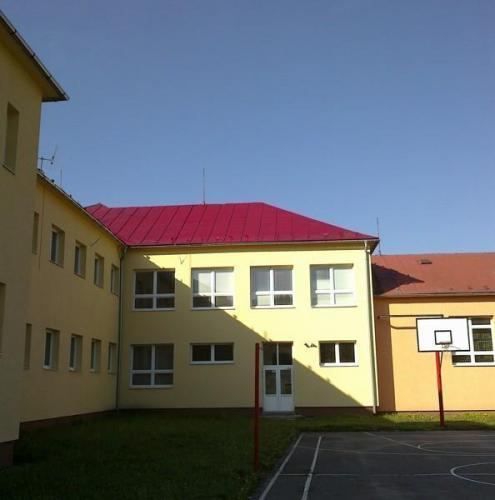 Základná škola, Brvnište